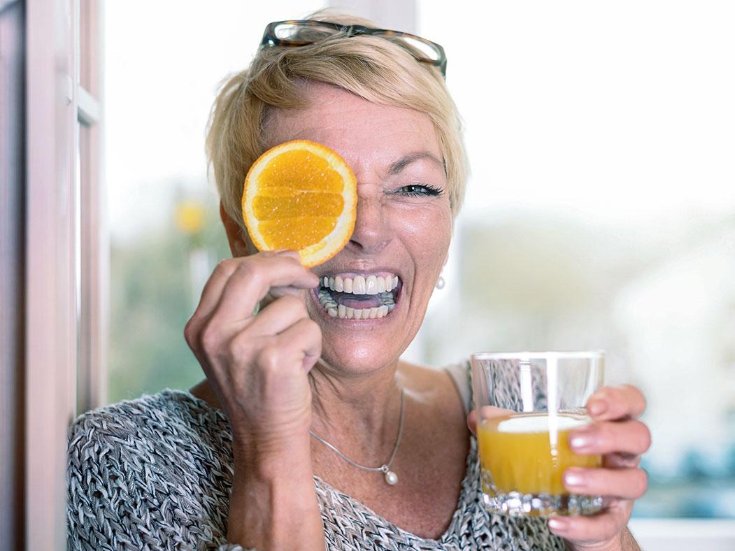 Vitamin C: Zusammenhang mit Zahnfleischbluten