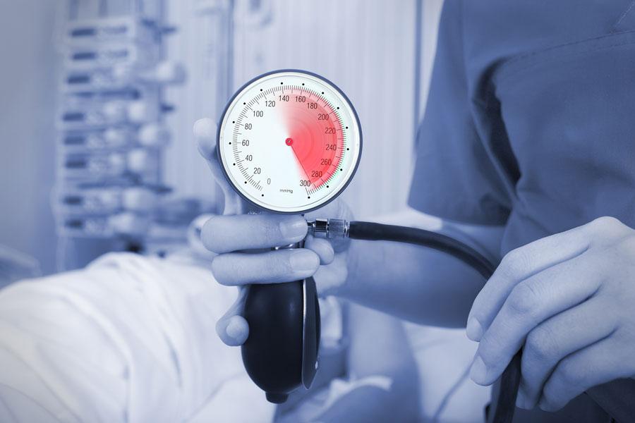 Mundgesundheit: Zusammenhang mit Bluthochdruck?