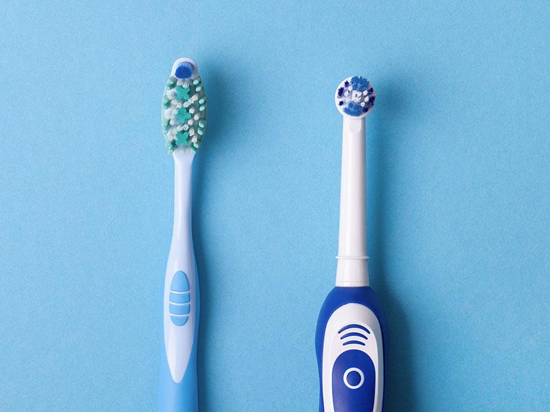 Studien: elektrische Zahnbürsten vorn
