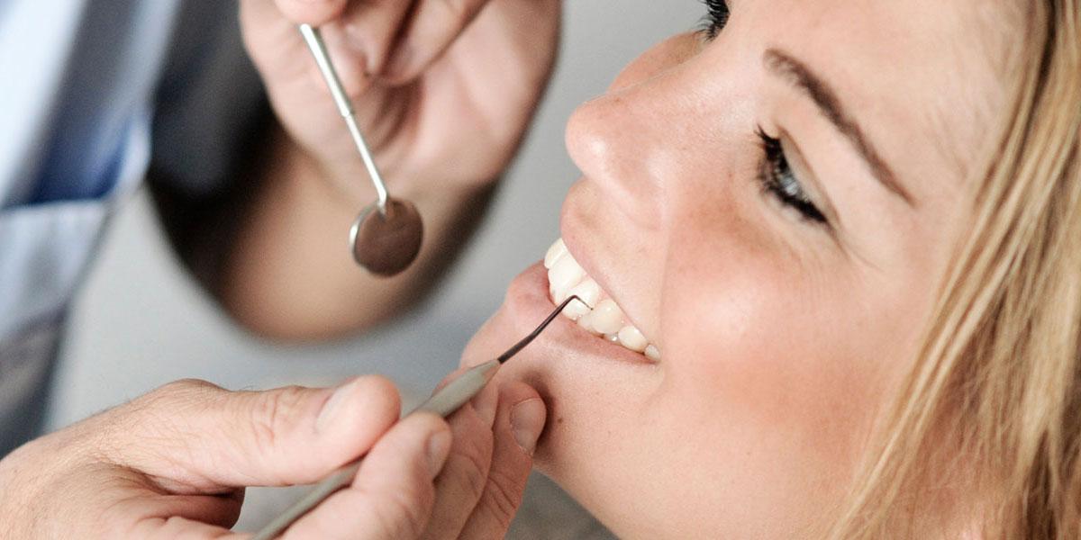 Mehr Zahnverlust durch Parodontitis als Karies