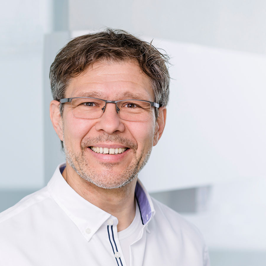 Vita Dr. Dr. Ralf-Thomas Lange
