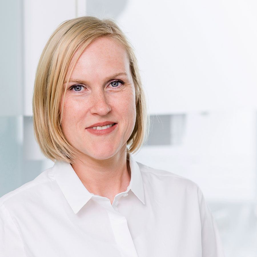 Vita Dr. Simone Kirchhoff